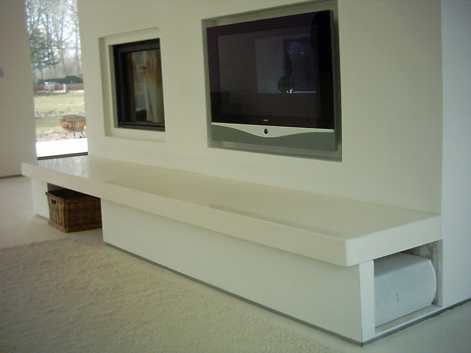 Schouw / TV Wand