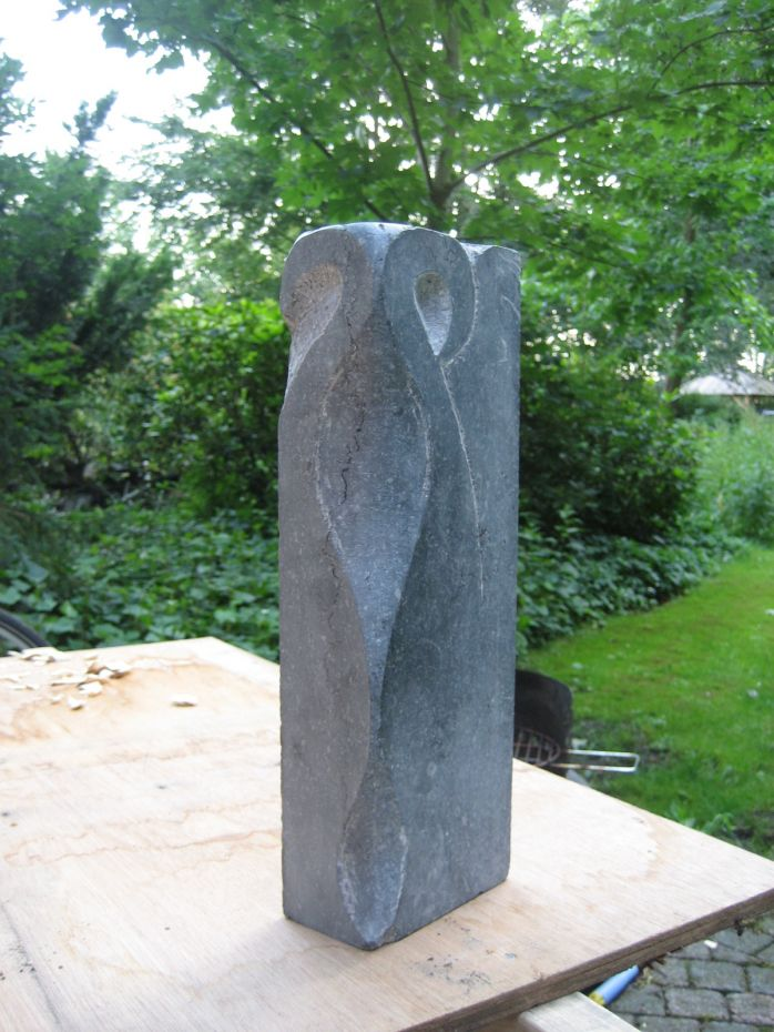 Sculptuur Eerste vormen zichtbaar van een nieuwe creatie.