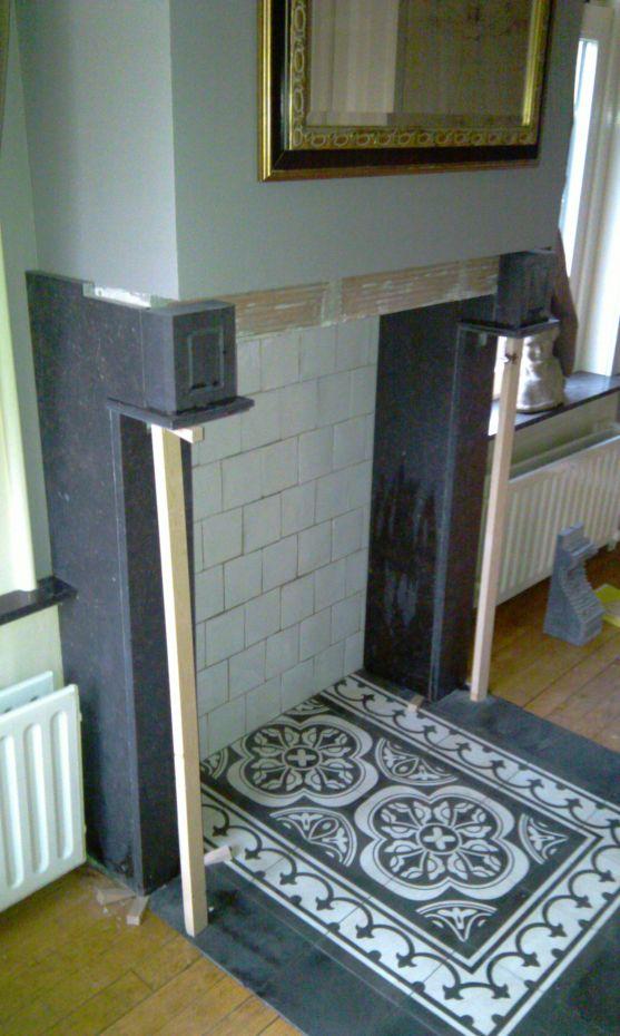 Hardsteen Schouw de eerste delen zijn gemonteerd, de totale montage in 3 fasen