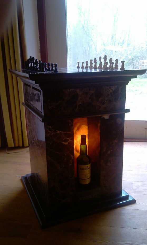 Chess Whisky table